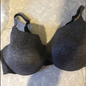 Caique Bra size 46dd new with tags